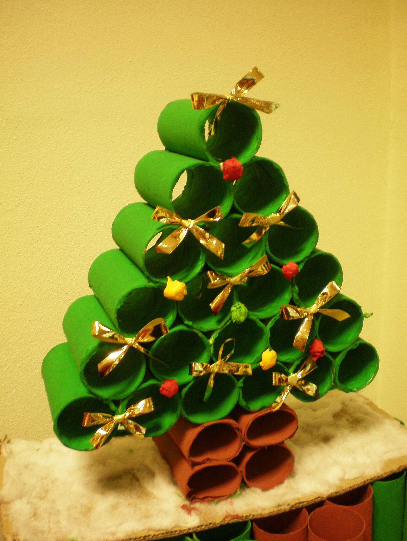Super Albero di Natale con rotoli di carta igienica | Rubiacriarte KZ73